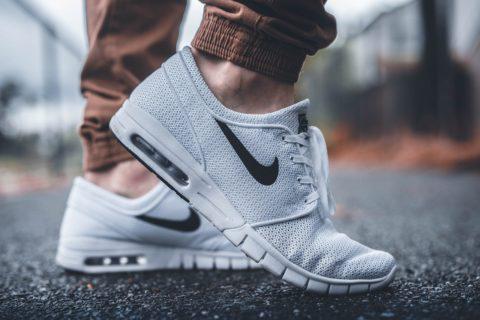 Sneakers: le scarpe perfette per ogni occasione